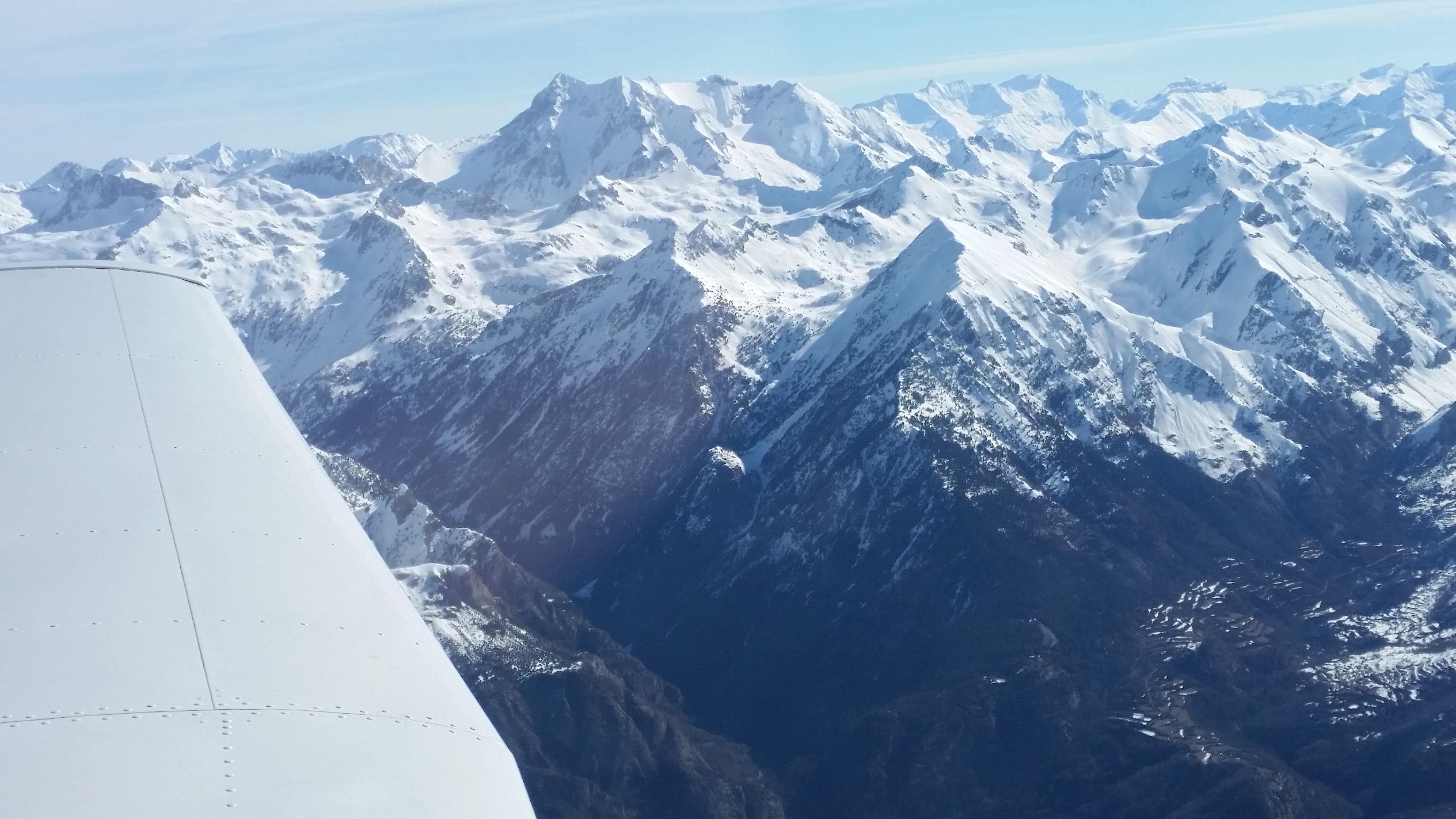Pirineos-1